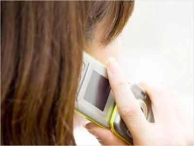 nu lasa copii cu telefoane mobile