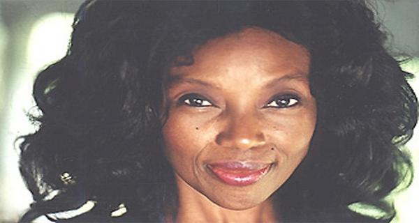 Femeia care a descoperit elixirul tinereții are 73 de ani dar arată de parcă ar avea 30