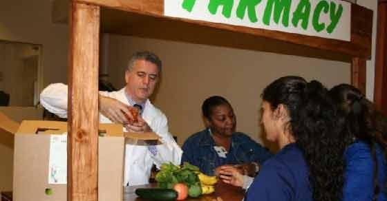 Acest medic recomandă fructe și legume în locul medicamentelor