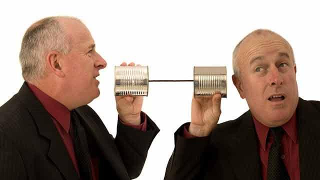 Oamenii care vorbesc singuri nu sunt nebuni, ci geniali!
