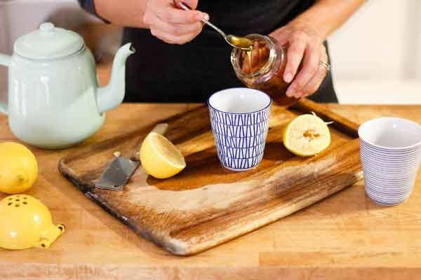 mierea si lamaia sunt grozave pentru digestie si vindecarea anumitor boli si afectiuni