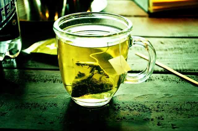 Ai grijă la efectele adverse ale ceaiului verde!