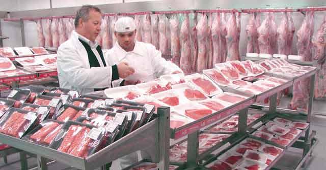 De ce nu se recomandă să cumperi niciodată carne de la alimentară. Află de unde e mai bine să te aprovizionezi.