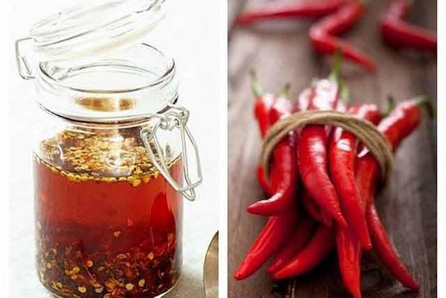 Prepară în casă ulei de ardei iuți și îți poți îmbunătăți circulația sangvină