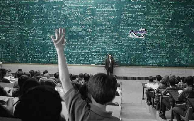 un student isi contrazice profesorul