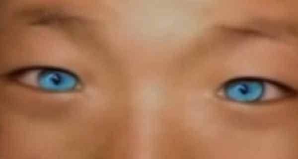 În China trăiește un copil ce face parte dintr-o nouă rasă umană….poate să vadă pe întuneric!
