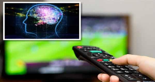 Cel puțin 20% din viața noastră se duce pe televizor! Iată ce efecte au televizorul, tableta și telefonul asupra creierului!