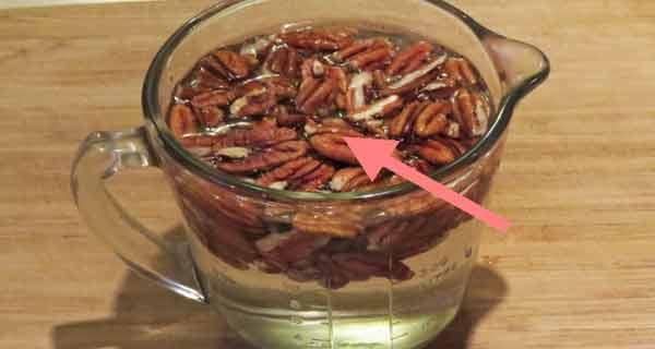 12 fructe cu coajă care necesită înmuiere în apă înainte de consumare. Vezi mai jos de ce!