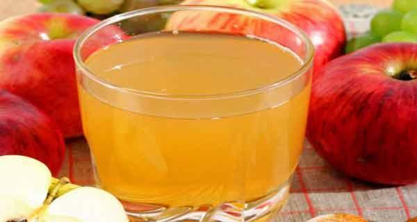 sucul de mere cu miere este un excelent tonic pentru organism