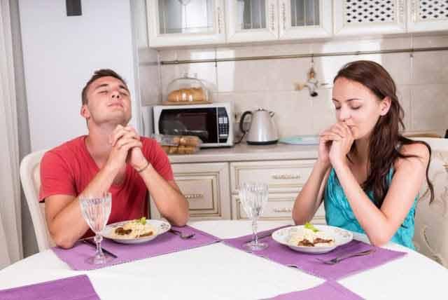 intareste legatura cu iubitul sau iubita facand rugaciuni