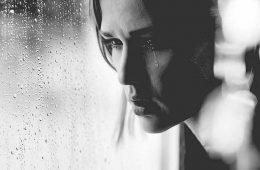 daca esti suparat si trist nu e bine in fata lui dumnezeu