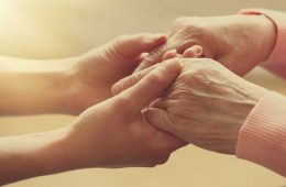 atingerea poate vindeca durerile