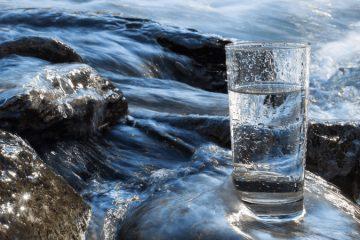 cum se bea apa corect