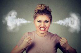 persoanele agresive fac alergii