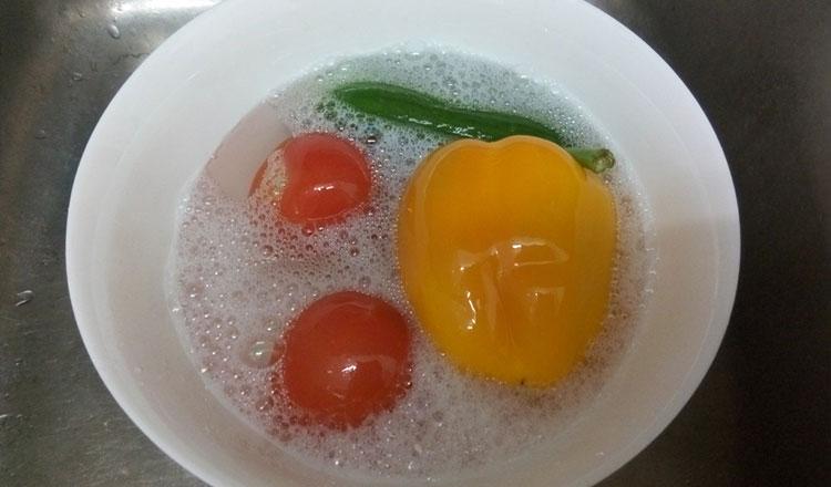 de ce sa cureti fructele si legumele cu bicarbonat