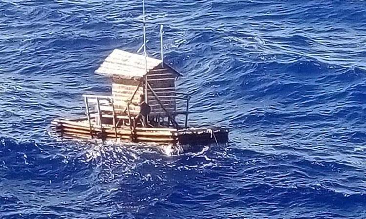 tanar indonezian supravietuit pe ocean