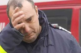 Pompierii in lacrimi